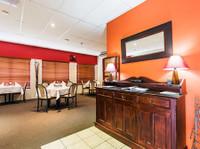 Bent Street Motor Inn (5) - Accommodation services