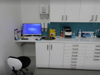 Thornton Dental (3) - Dentists