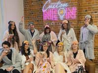 Custom Neon (2) - Marketing & PR