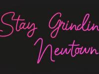 Custom Neon (4) - Marketing & PR