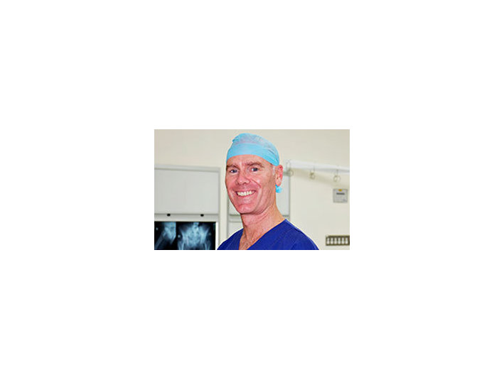 Dr Simon Coffey - Doctors