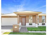 Prudential Real Estate (3) - Estate Agents
