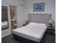 Savoy Double Bay Hotel Pty. Ltd. (4) - Hotels & Hostels