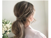 Carly Wood Mobile Wedding Hair Sydney (2) - Wellness & Beauty