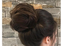 Carly Wood Mobile Wedding Hair Sydney (3) - Wellness & Beauty