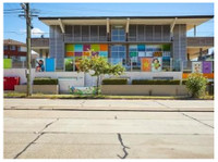 Shiny Star Early Childhood Centre (2) - Nurseries