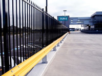 Metal Fencing Specialists (2) - Security services