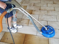 Karls Cleaning Services (1) - Cleaners & Cleaning services