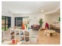 Petit Early Learning Journey Elderslie (3) - Nurseries