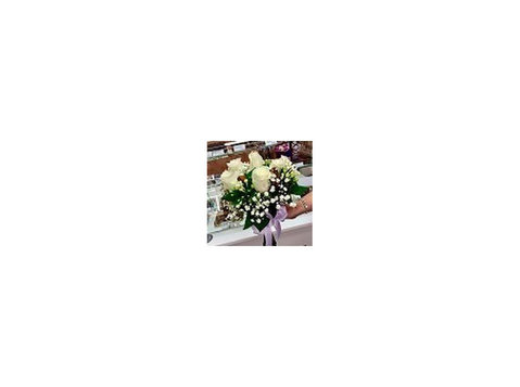 Flowers By Jane - Gifts & Flowers