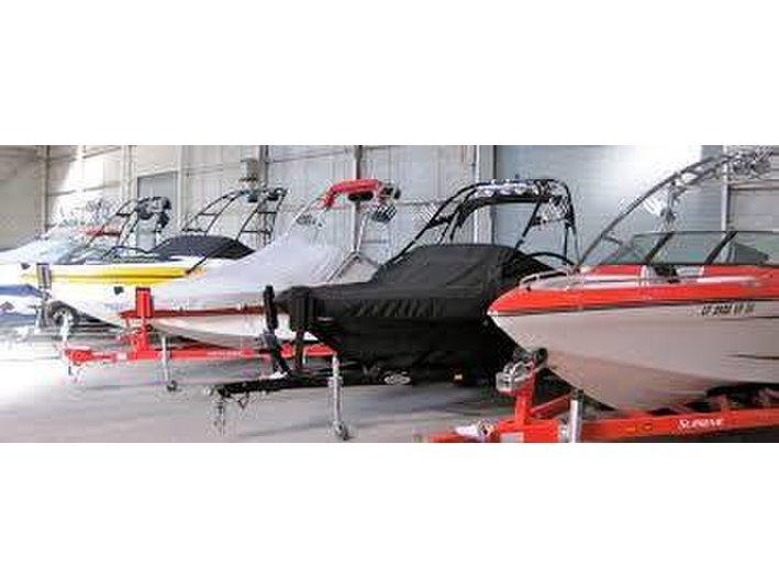 Peninsula Undercoverboat storage - Storage