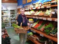 Mcgain's Nursery Cafe (3) - Organic food