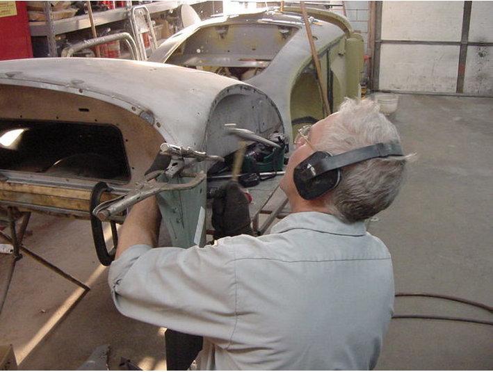 Cleeland Body Works - Car Repairs & Motor Service