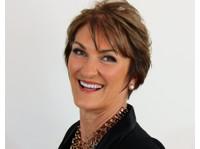 Dr Louise Mahler (8) - Coaching & Training