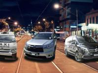 Maxi Cab Melbourne Airport (1) - Taxi Companies