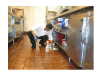 Joondalup Carpet Cleaners (1) - Cleaners & Cleaning services