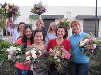 Flower Design School (2) - Gifts & Flowers