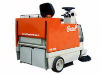 Cleanland: Battery Operated Sweeping Machine in Bahrain (2) - Cleaners & Cleaning services