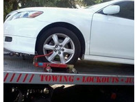 Presque Isle Towing (5) - Translations