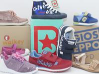 Online store for Branded Kid's Shoes from Italy Up to -80% (1) - Brinquedos e Produtos de crianças