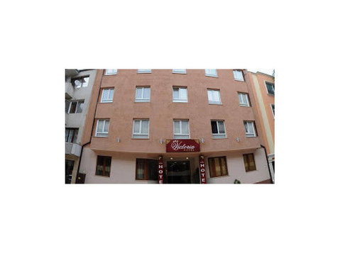 Hotel Victoria - Hotels & Hostels