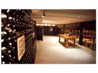 Henry of Pelham Family Estate Winery (1) - Wine