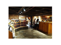 Henry of Pelham Family Estate Winery (2) - Wine