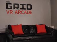 The Grid Vr Arcade (7) - Games & Sports