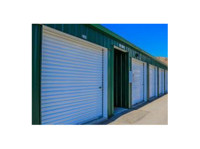 Easy Lock Self Storage (2) - Storage