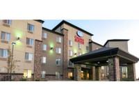 Comfort Suites Saskatoon (1) - Hotels & Hostels