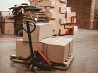 Windsor Moving Company (1) - Removals & Transport