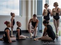 Premiere Dance Academy (1) - Music, Theatre, Dance