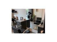 MyLofts Salon Studios (1) - Beauty Treatments