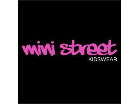Mini Street - Clothes