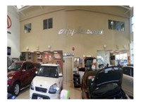 Applewood Kia Surrey (1) - Car Dealers (New & Used)