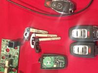 Car Keys Replacement Winnipeg (1) - Car Repairs & Motor Service