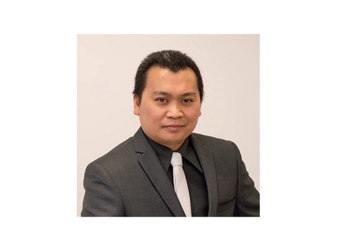 Financial Advisor Winnipeg Ramon Desiderio - Financial consultants