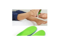 Feet In Motion Foot Care & Orthotics (1) - Hospitals & Clinics