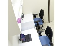 Chiro-Med Rehab Centre (4) - Doctors