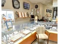 Pinto Gold And Jewellery Buyers (3) - Jewellery