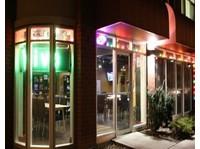 Good Games Arcade Lounge (3) - Internet cafés