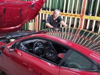 Advantage Auto Glass Toronto (1) - Car Repairs & Motor Service