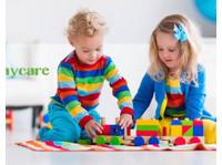 Leslie Street Daycare (4) - Nurseries