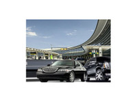 Toronto Car Service (2) - Car Transportation