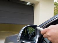 Garage Door Repair Service North York (3) - Windows, Doors & Conservatories