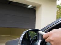 Garage Door Repair Squad (5) - Windows, Doors & Conservatories