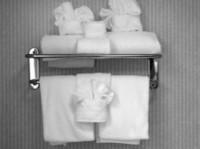 Canadian Linen | Bed & Bath Home Store (1) - Serviços de Casa e Jardim