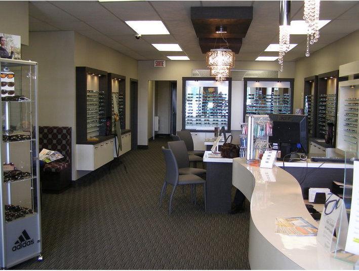 Pierre Roy Optician - Opticians