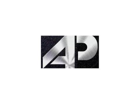 Accroche porte - Marketing & RP