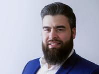 Michael Di Re, Multi-Channel Consulting (1) - Marketing & PR